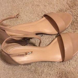 Nude heels size 9